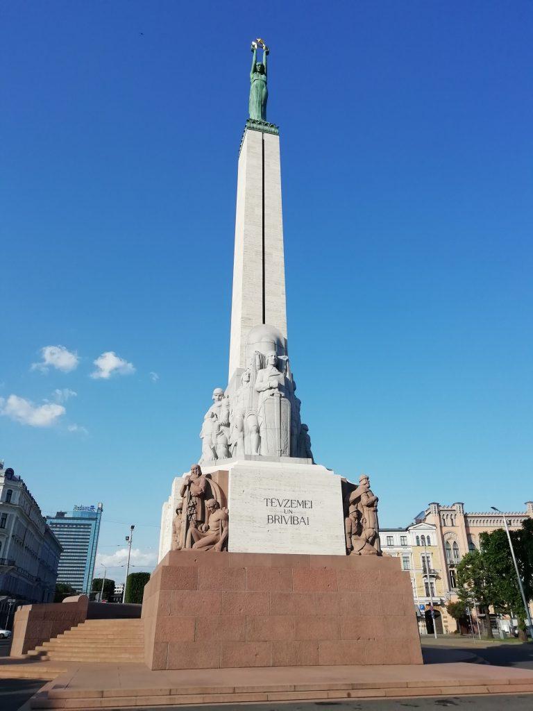 Özgürlük Anıtı, Riga