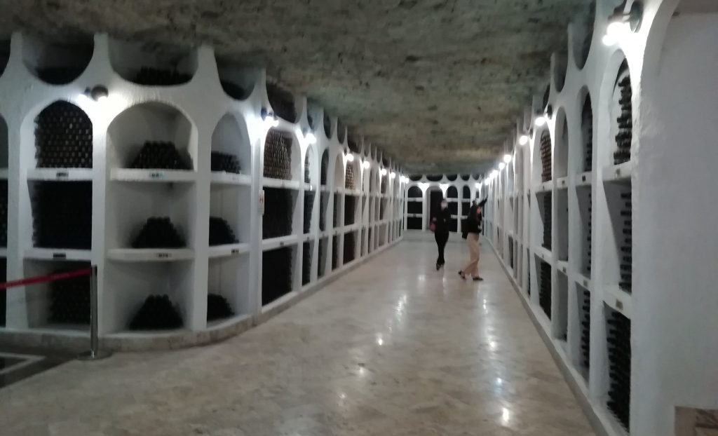 Cricova'nın kırmızı şarap bölümü